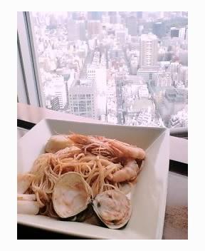 今日は東京ドームホテル43階のアーティストカ