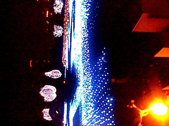 六本木 東京ミッドタウンのクリスマスイルミネーションは信じられないぼど綺麗☆